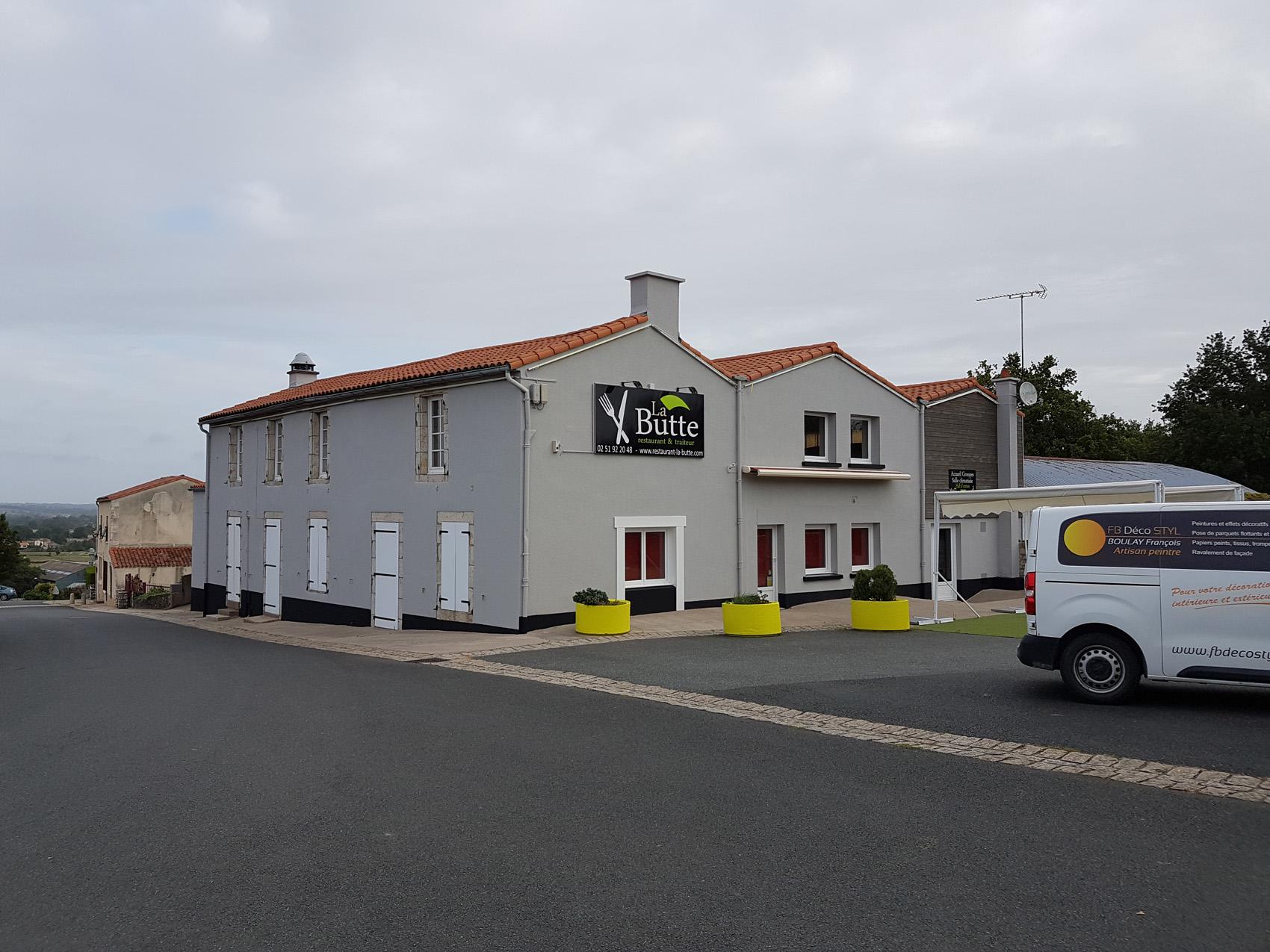 Peinture façade restaurant (85) Sèvremont